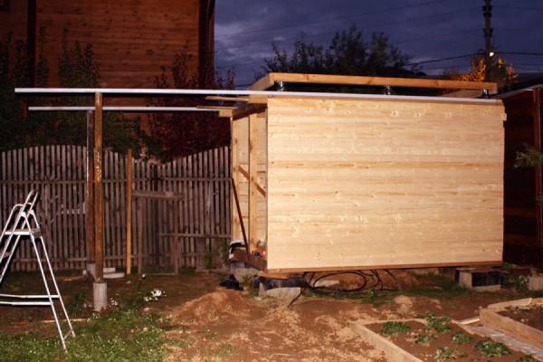 Рамка крыши стоит на месте